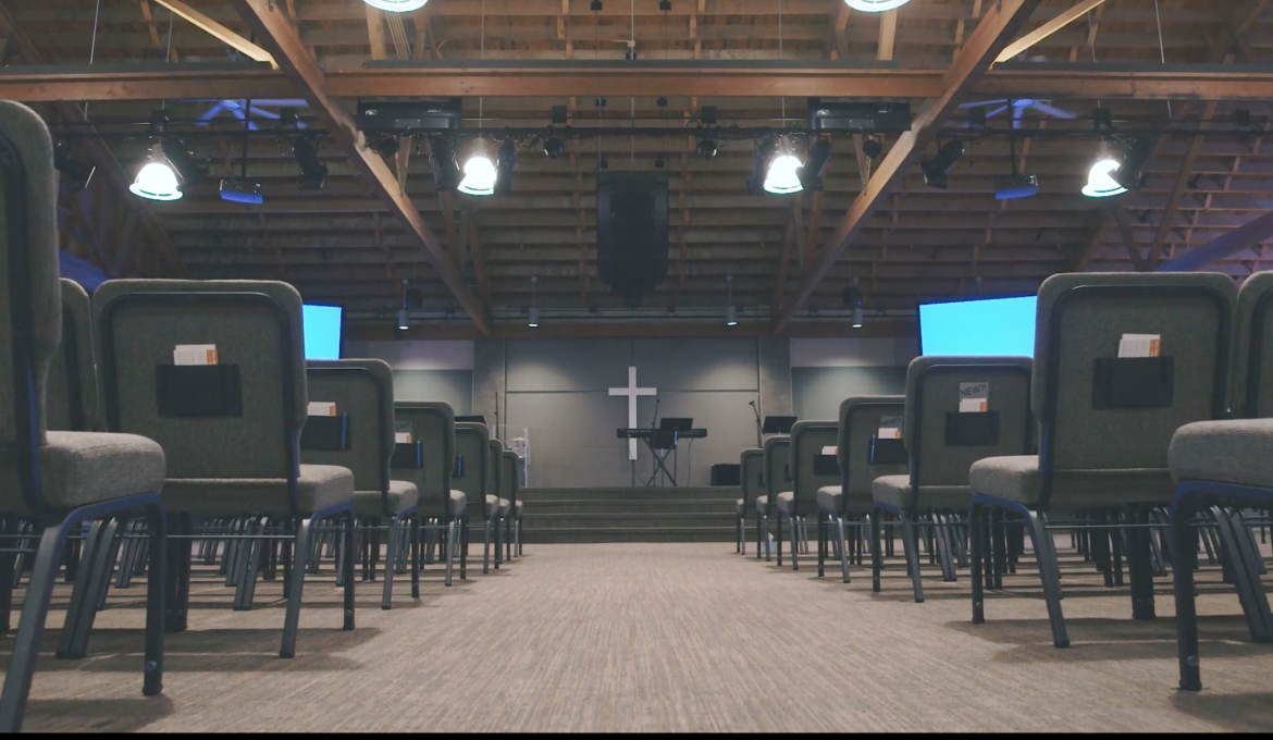 It's Easy to Be Lonely In a Huge, Welcoming Church